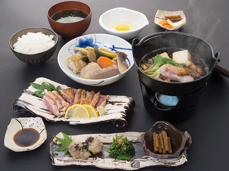 高城の里山料理コース 地鶏のすき焼き